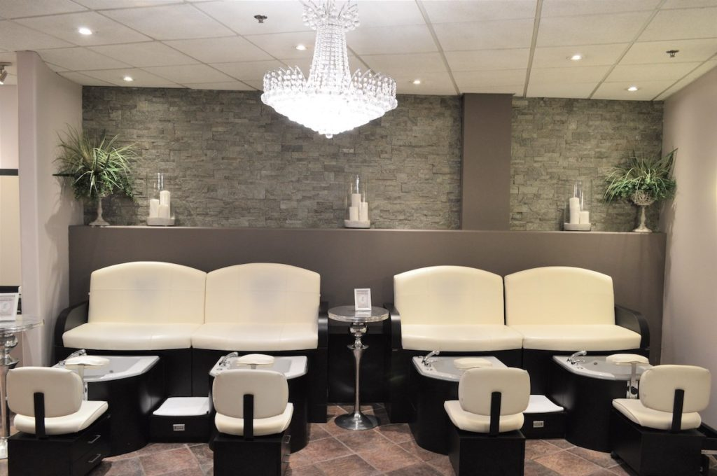 Pedicure stations of Fortelli Salon & Spa